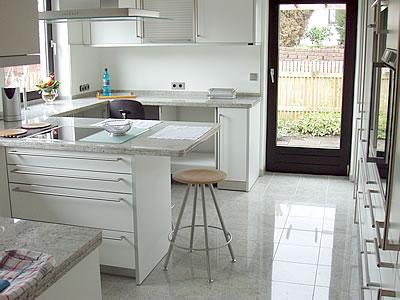 Marmor frankfurth gestaltung in stein in baunatal grossenritte for Arbeitsplatten küche zuschnitt